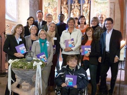 Mitarbeitende des Diakonischen Werkes Odenwald beim Diakoniegottesdienst 2013