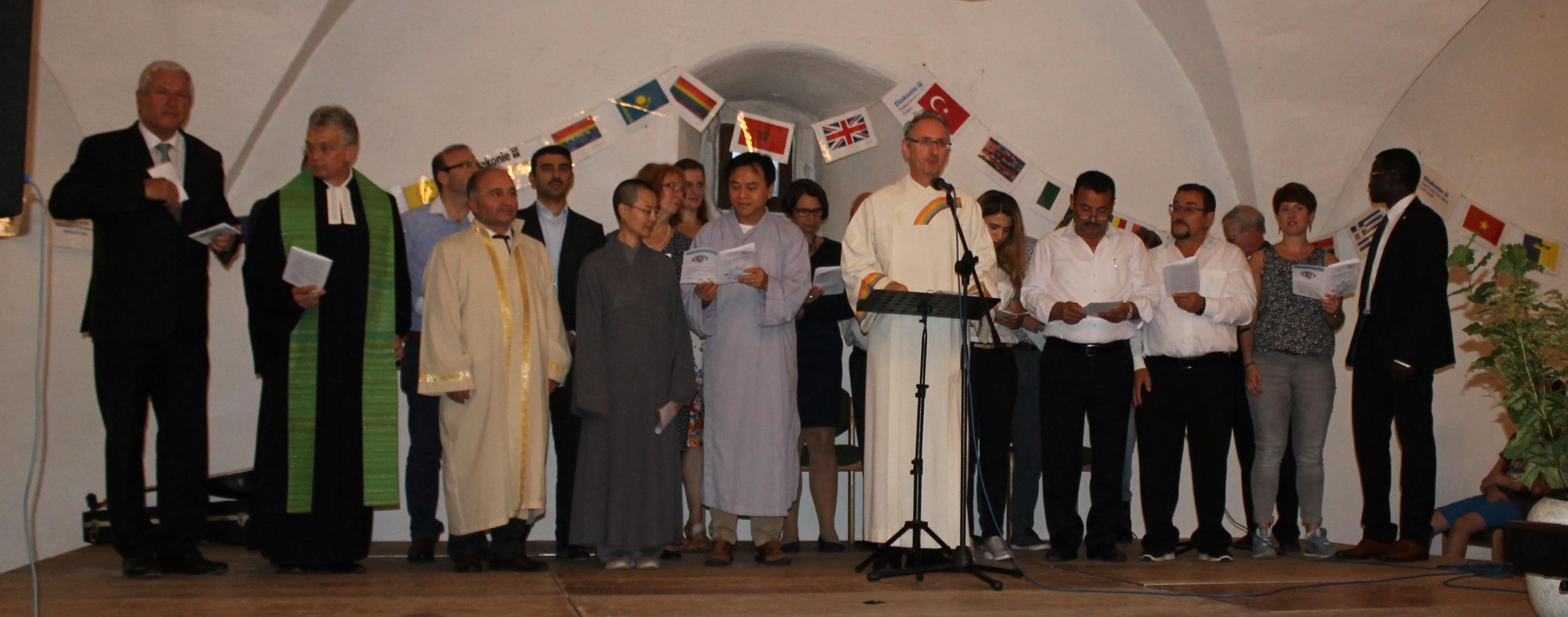 Vertreter/innen von Odenwälder Religionsgemeinschaften